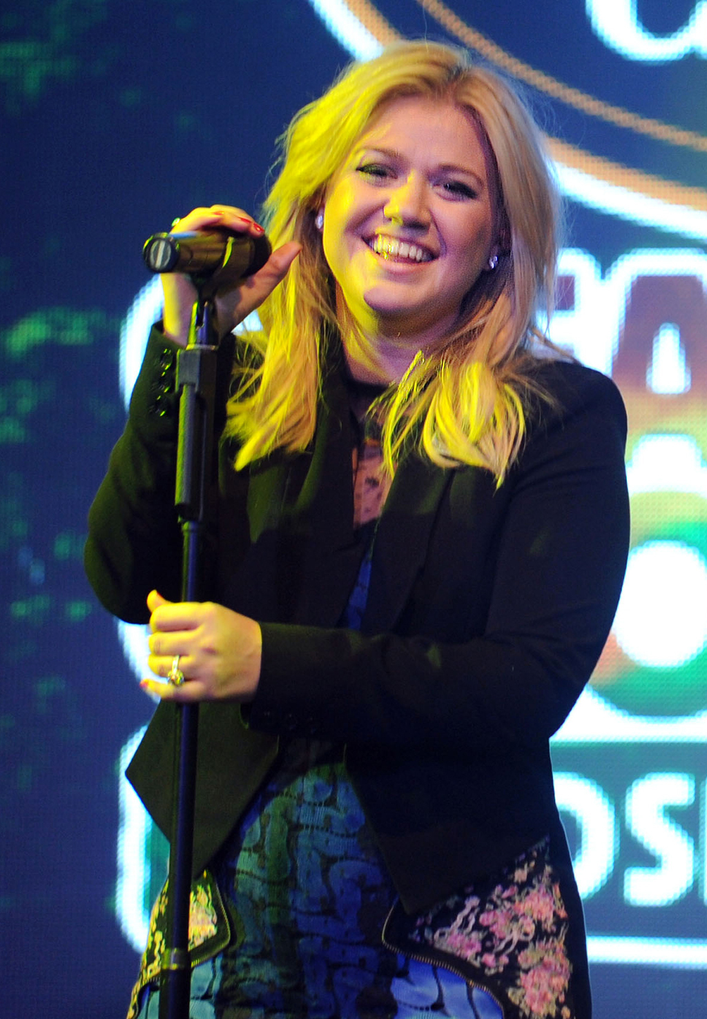 Kelly Clarkson performs at a private concert celebrating Fair Trade and Green Mountain Coffee (Craig Barritt for Green Mountain Coffee)