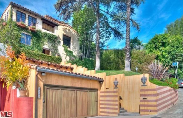 The Spanish villa Aaron Paul just purchased. (Zillow.com)