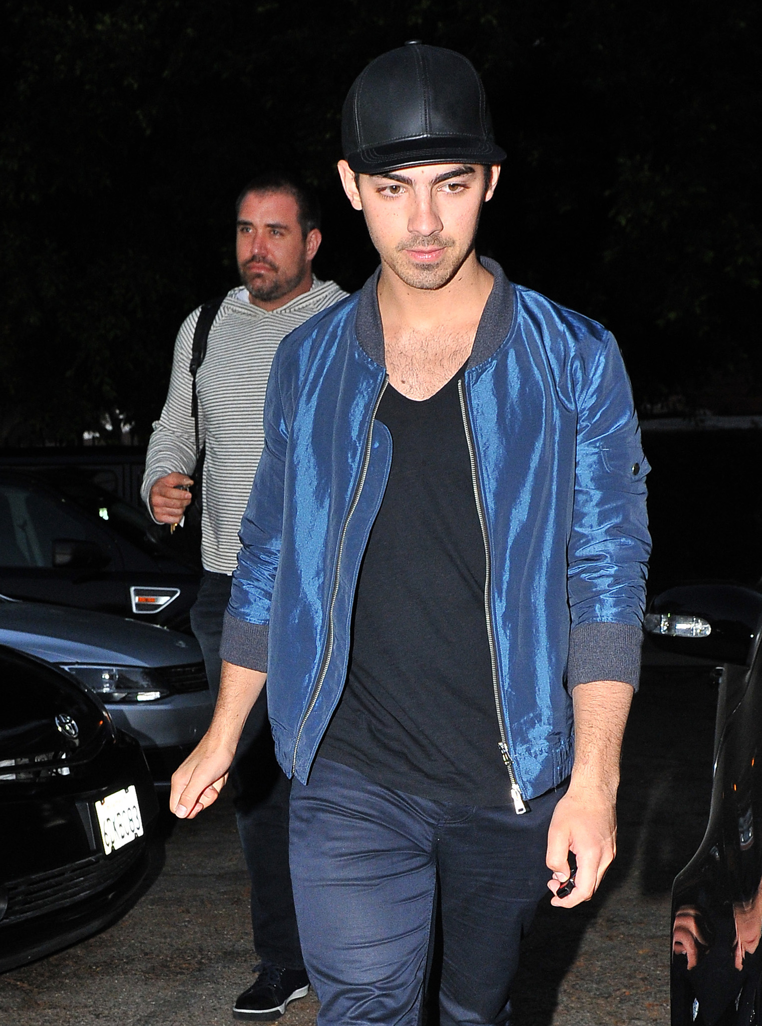 Joe Jonas out in Hollywood (Splash News)