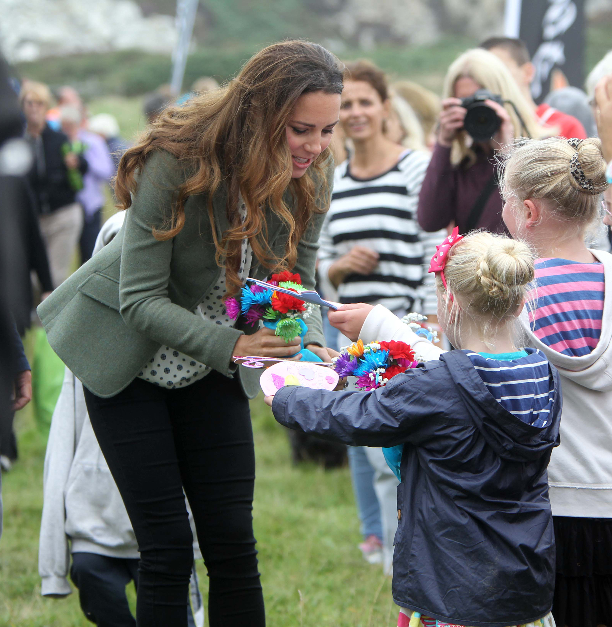 Kate Middleton greets some young fans (Getty Images)