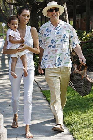 Bruce Willis with wife, Emma Heming, and their daughter, Mabel (Splash News)