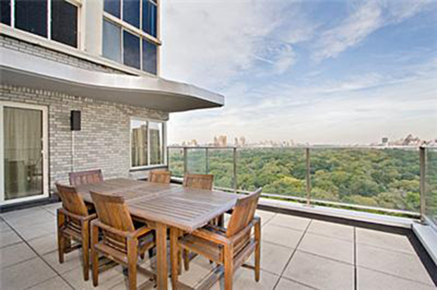Lady Gaga's new penthouse (EssentialNewYork.com)