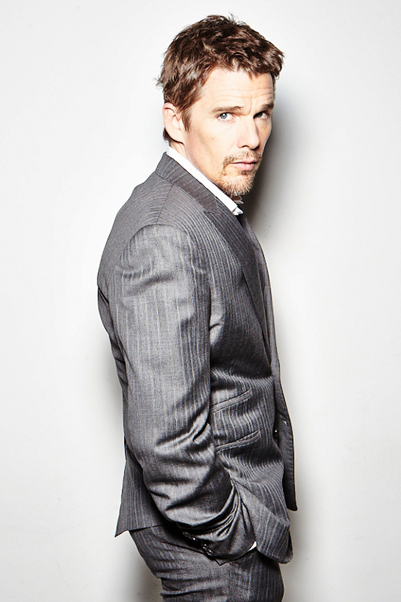 Ethan Hawke for ELLE (Jerry Avenaim)