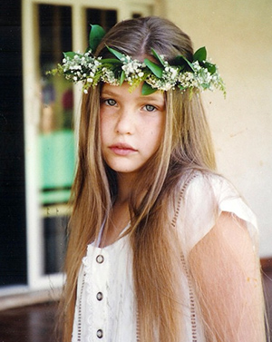 Bar Refaeli as a child (Instagram)