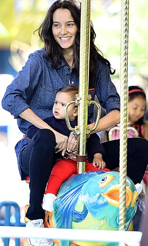 Emma and daughter Mabel. (Splash News)