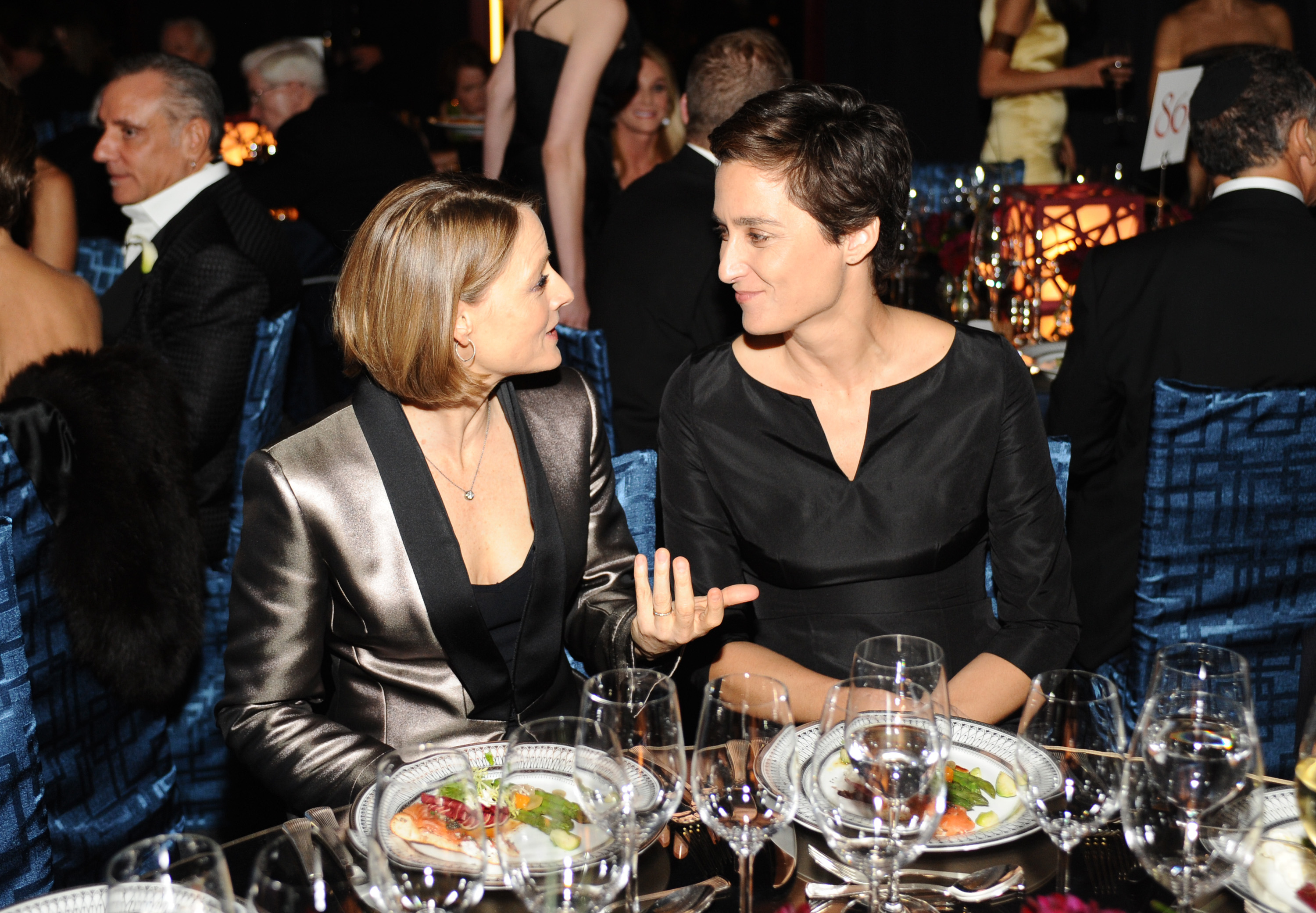 Date night for Jodie Foster and girlfriend Alexandra Hedison (Getty Images)