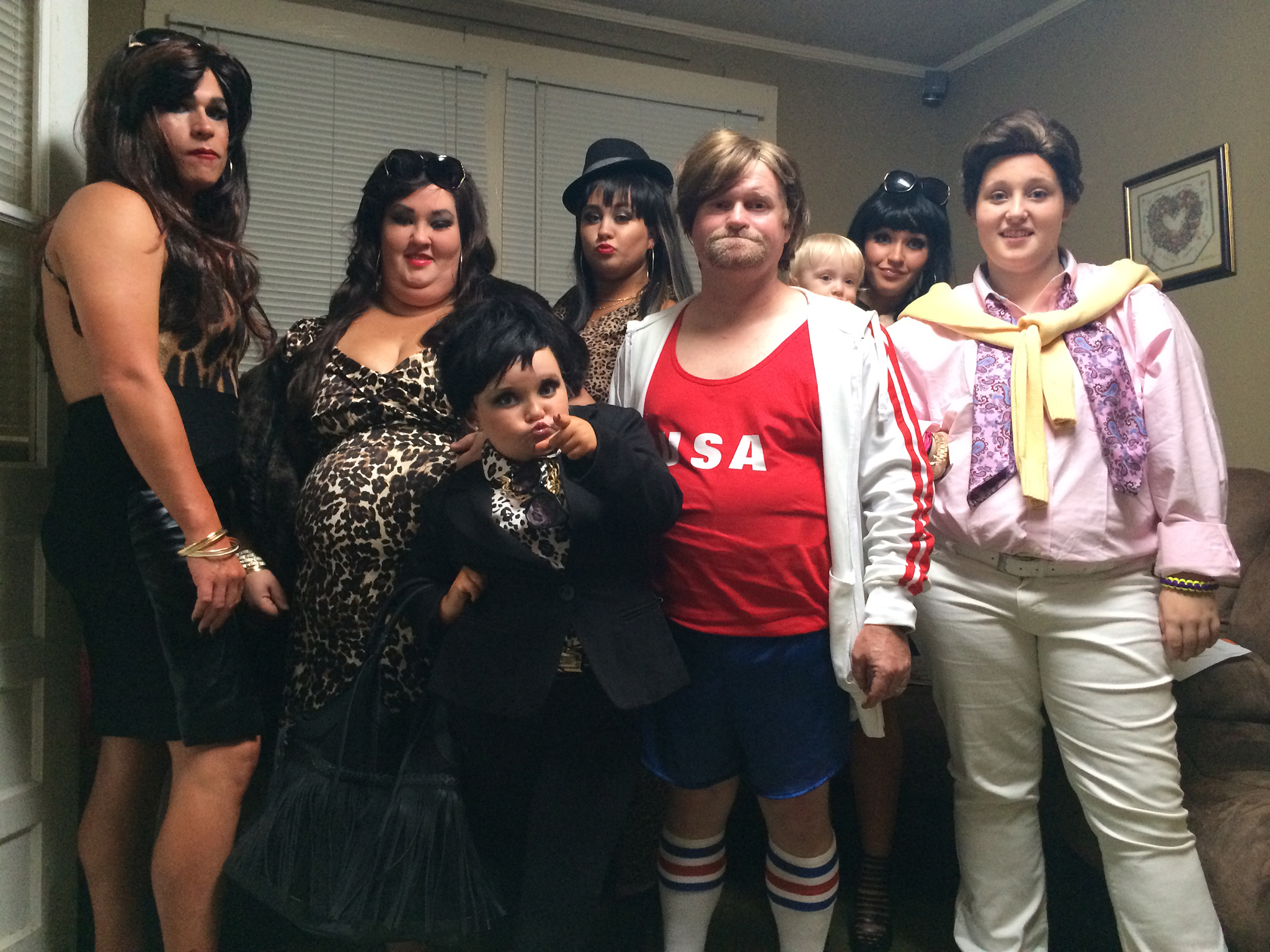 The cast of 'Here Comes Honey Boo Boo' dressed as the Kardashians for Halloween (TLC)