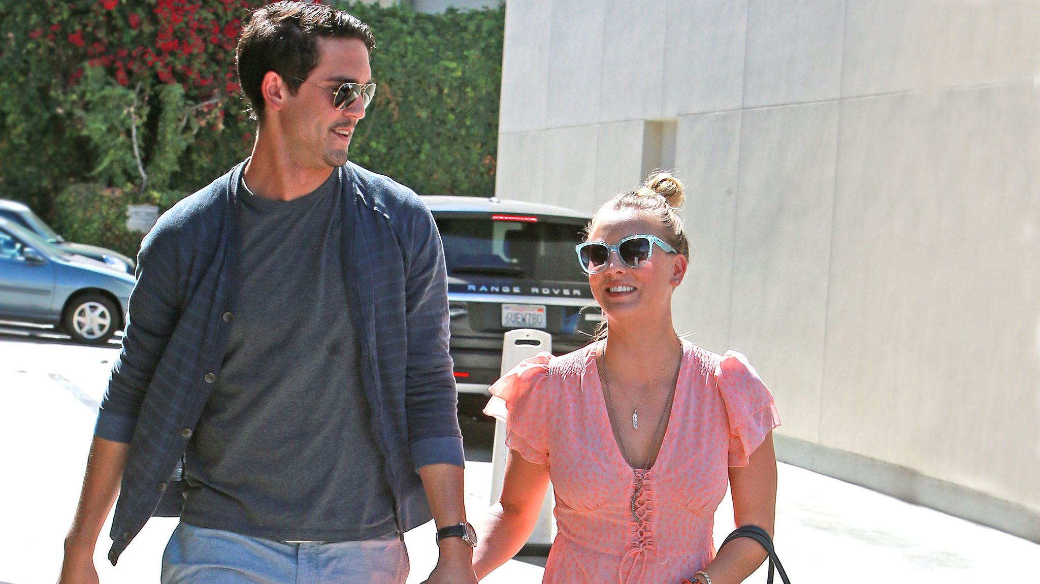 Ryan Sweeting and Kaley Cuoco out for a post-engagement stroll (FameFlynet)
