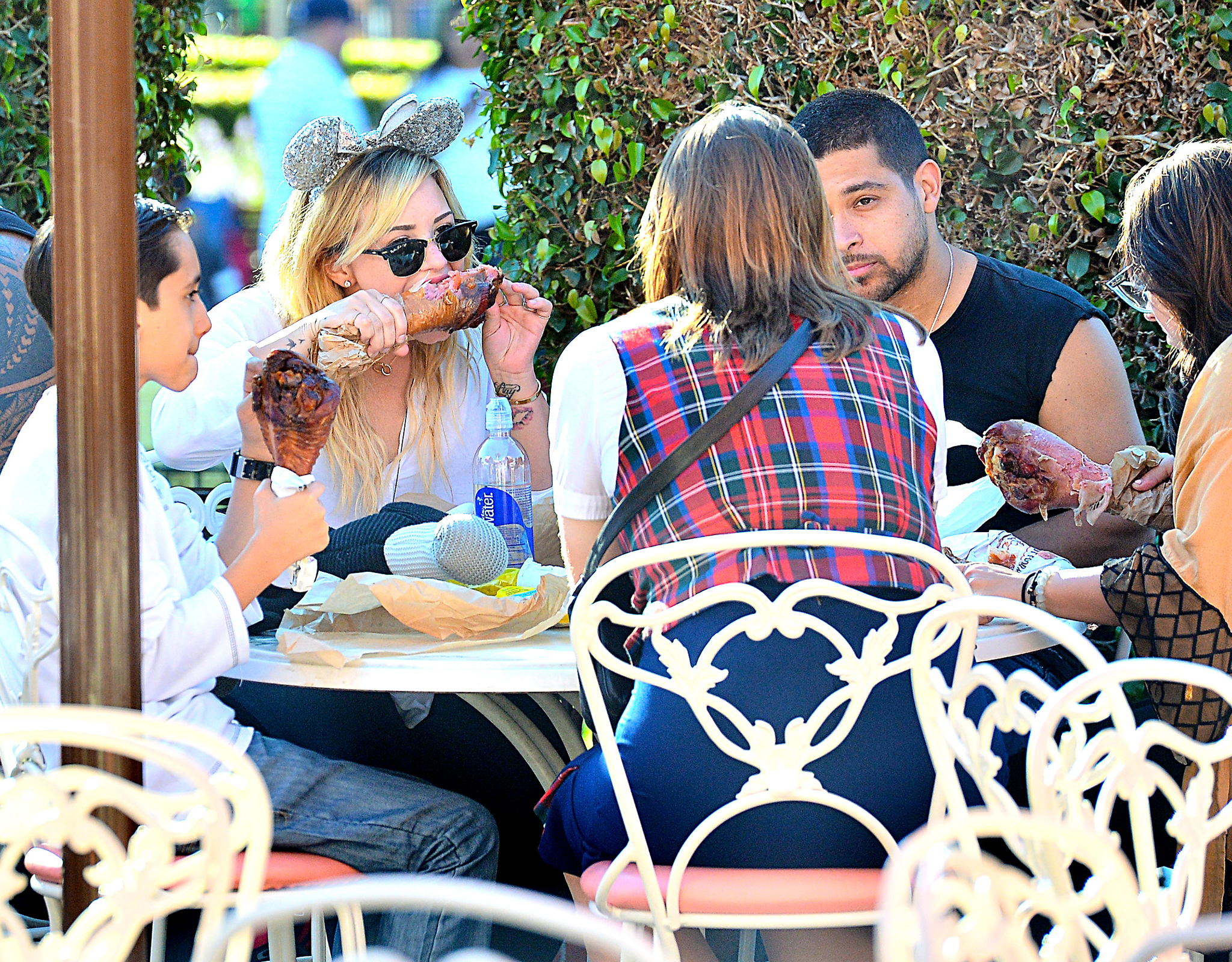 Demi Lovato and Wilmer Valderrama do Disneyland. (Sharpshooter Images/Splash News)