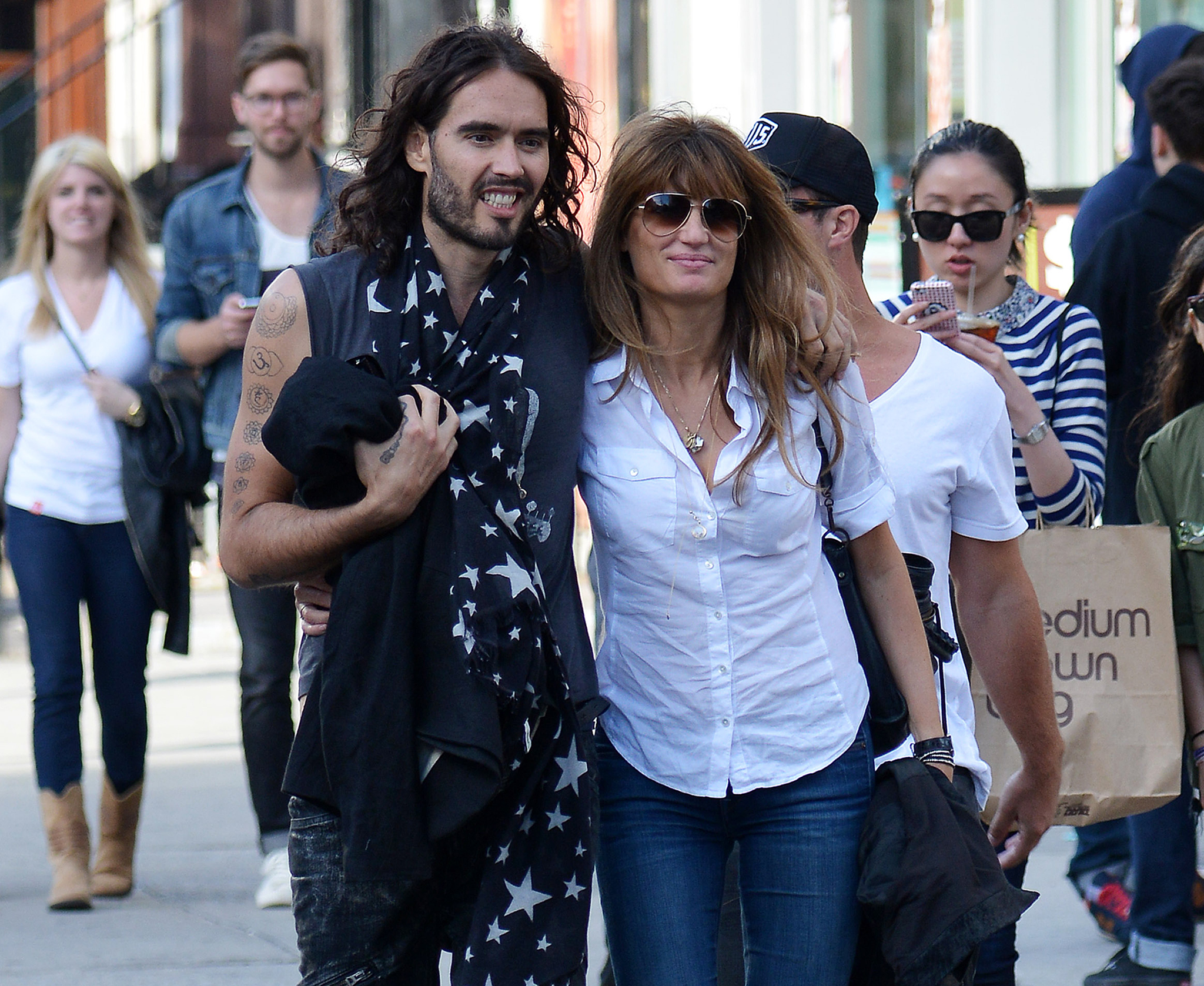 Russell Brand and Jemima Khan in New York City on Sunday. (Splash News)