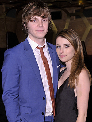 Evan Peters and Emma Roberts (GettyImages)