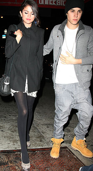 Justin Bieber donned extremely baggy pants for the date night. (Felipe Ramales/PacificCoastNews.com)