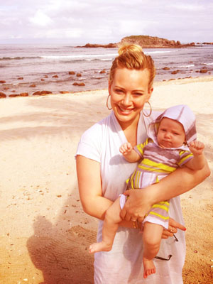Hilary Duff and Luca in Mexico (Twitter.com/HilaryDuff)
