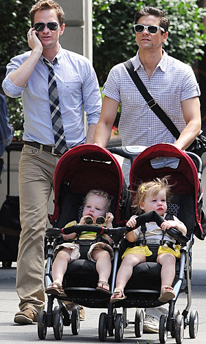Harris and Burtka with Gideon and Harper (Doug Meszler /Splash News)