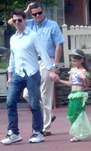 Tom and Suri at Walt Disney World on July 30 (Instagram)