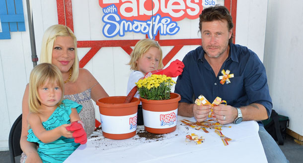 Tori Spelling and her family on August 28 — two days before she had Finn (Getty Images)