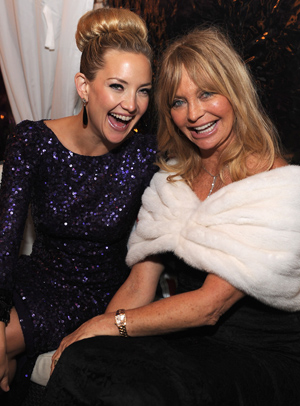 Kate Hudson with her mother, Goldie Hawn (Getty Images)
