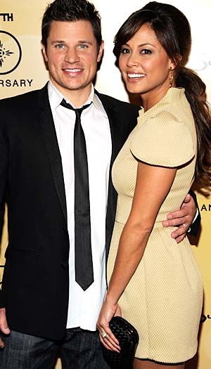 Nick poses with his wife Vanessa Minnillo. Kevin Mazur/WireImage