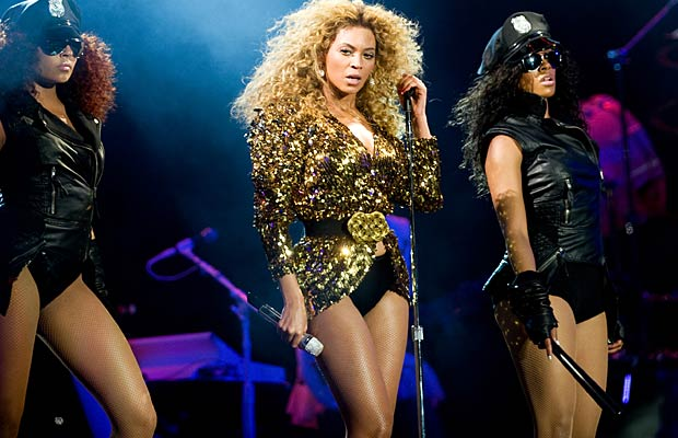 Beyonce jams onstage. Samir Hussein/Getty Images
