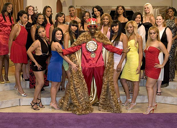 "Flavor Flav poses with the ladies who were vying for his heart on ""Flavor of Love"" Season 3. - Scott Odgers/VH1"