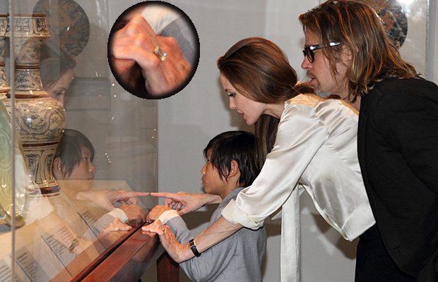 Jolie's new ring (LACMA)