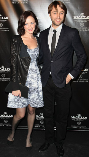 Alexis Bledel and Vincent Kartheiser in NYC (Getty Images)