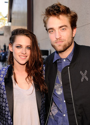 Kristen Stewart and Robert Pattinson before the cheating scandal (Getty Images)