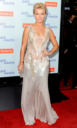 Julianne Hough stuns on the red carpet. (Jon Kopaloff/FilmMagic)