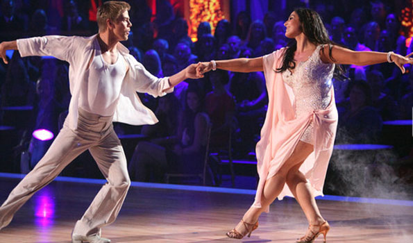 Slim Ricki and partner Derek Hough (ABC)