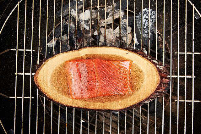 How to Cook Fish on a Wood Plank