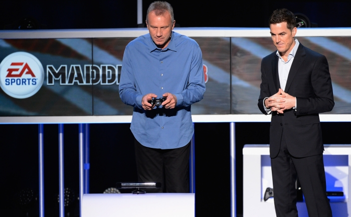 EA's Andrew Wilson and NFL legend Joe Montana (Credit: Getty Images)