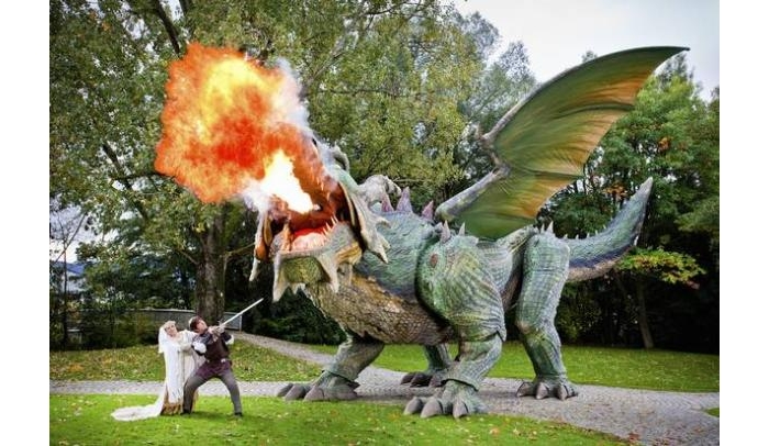 What would Bilbo say? Fire-breathing dragon Tradinno loves the spotlight. (Credit: Guinness World Records)