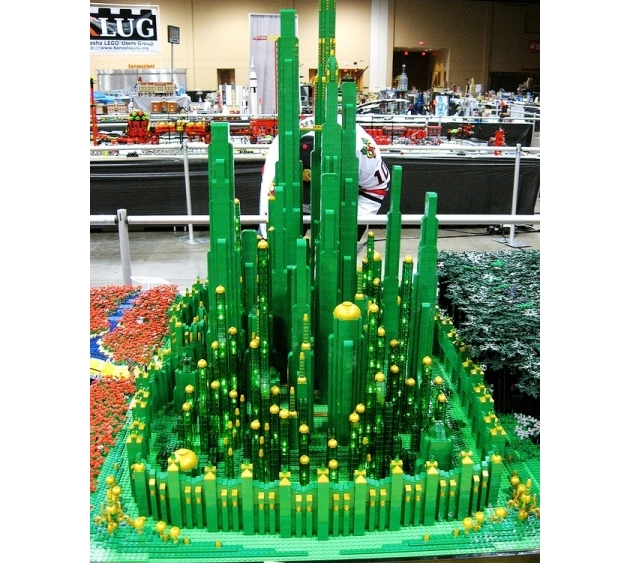 The Emerald City is part of a Wizard of Oz display built by 12 members for Brickworld 2013. (Credit: Captain Redstorm/Flickr)