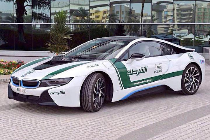 Dubai Police Go Green With Bmw I8