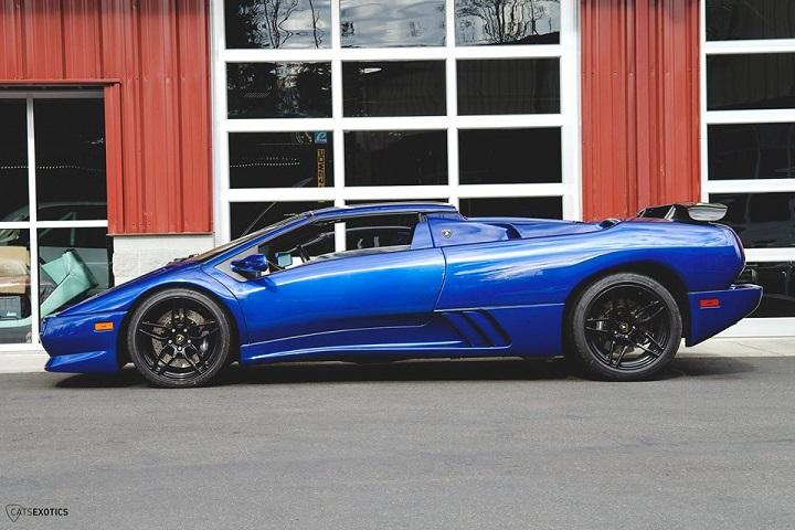 1999 Blue Lamborghini Diablo Profile Image