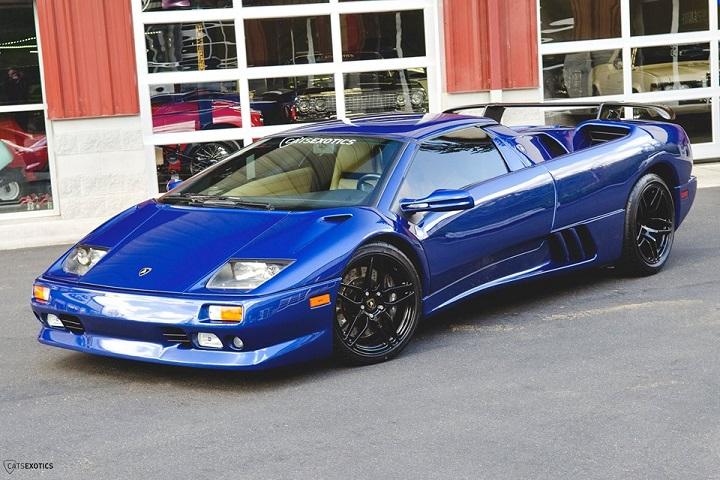 Own a Gorgeous Blue \u002799 Lamborghini Diablo with only 15K Miles