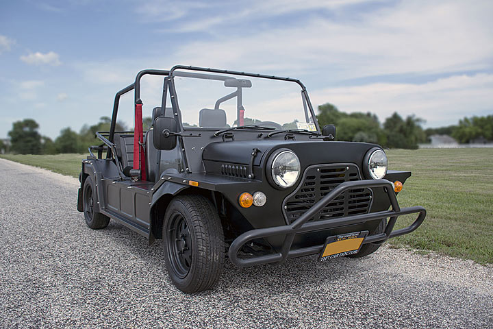 this vintage off roader is actually a mini at heart. Black Bedroom Furniture Sets. Home Design Ideas