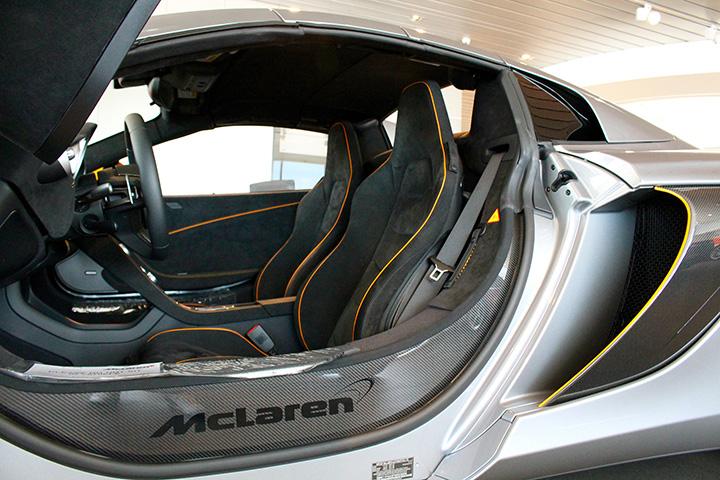 Mclaren 650s Interior Photo
