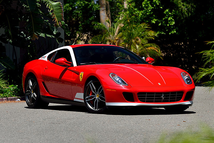 this 600 hp ferrari pays homage to a racing legend. Black Bedroom Furniture Sets. Home Design Ideas