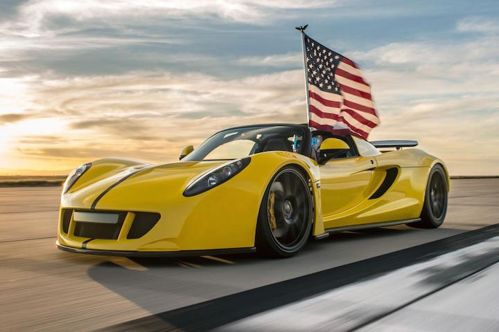 the hennessey venom gt is now the world s fastest convertible. Black Bedroom Furniture Sets. Home Design Ideas