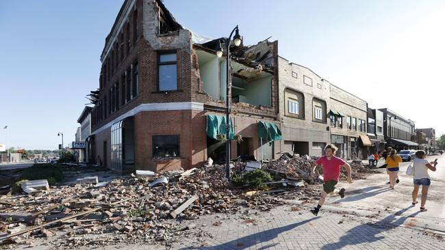 In case you missed it: Tornado devastates Marshalltown, Iowa; Tragic duck boat accident kills 17 in Missouri ...