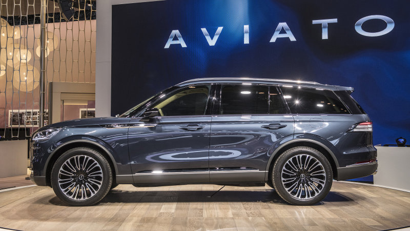 Lincoln Aviator returns, VW ponders pickups, and Subaru Forester endures