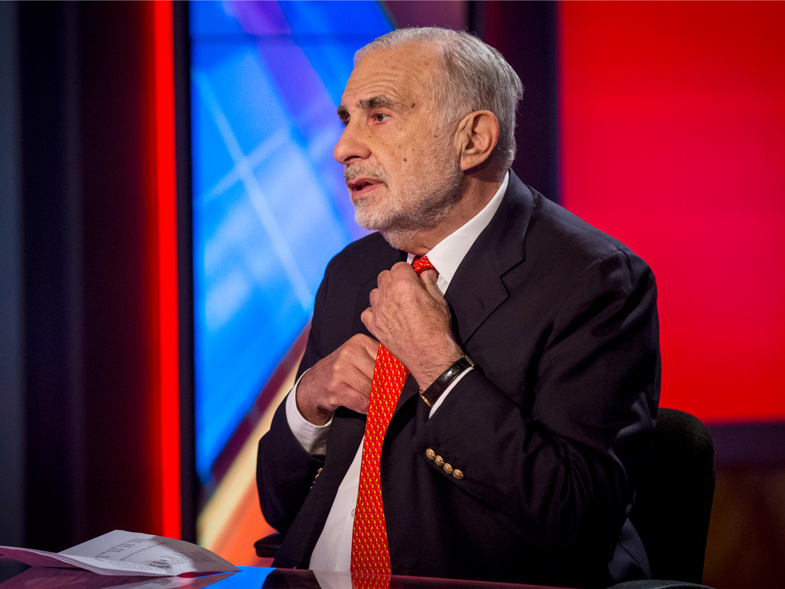 The Feds are investigating billionaire Carl Icahn's role advising the Trump administration