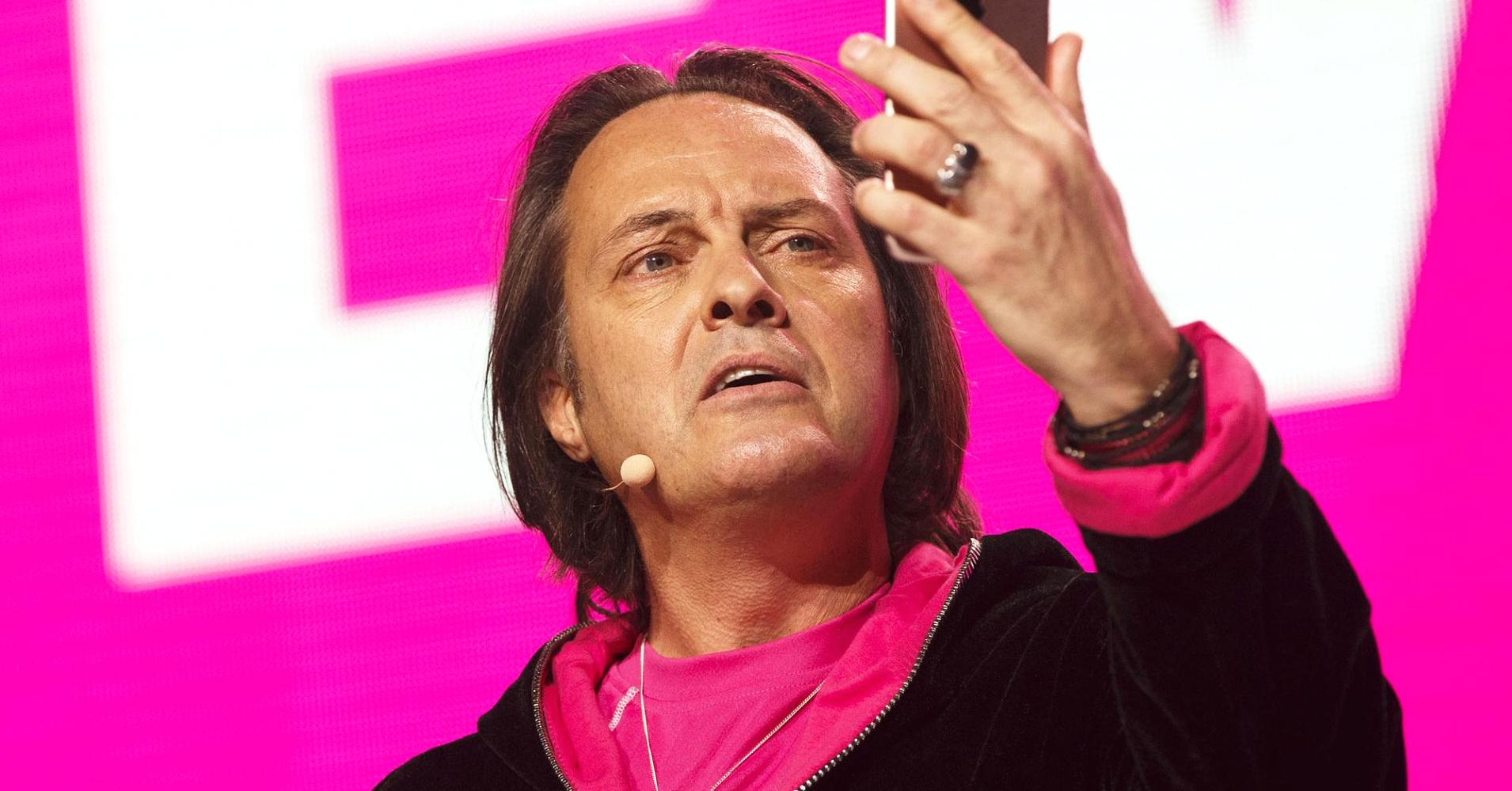 Op-Ed: Here's who loses big time if Sprint and T-Mobile are allowed to merge