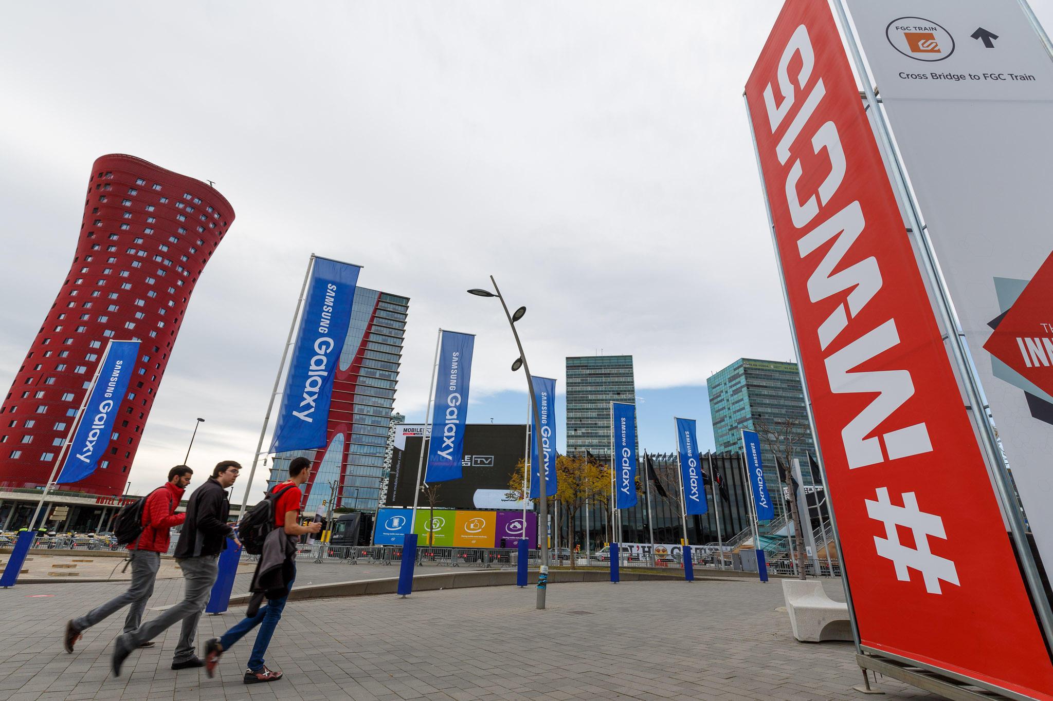 CNET's Twitter team for Mobile World Congress 2015