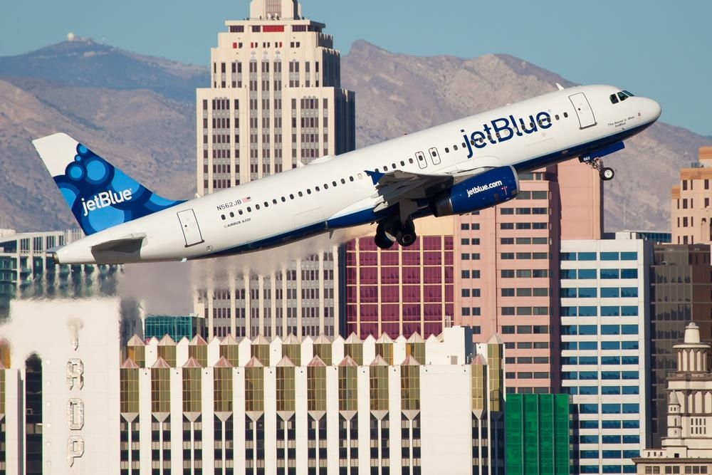 Amazon Instant Video lands in Jet Blue planes for free this week