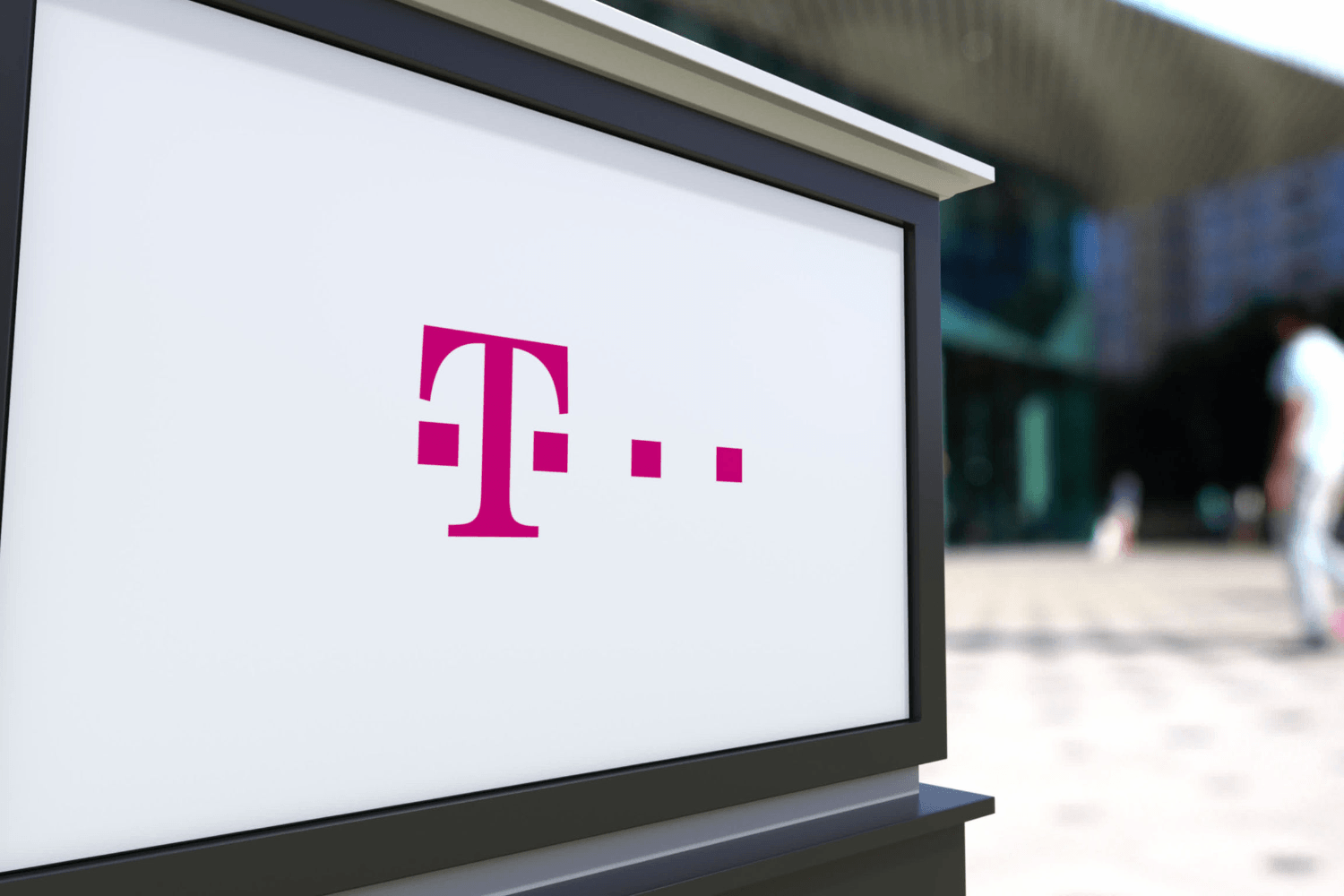 """Dallas says """"ghost calls"""" to 911 from T-Mobile customers aren't to blame for deaths"""