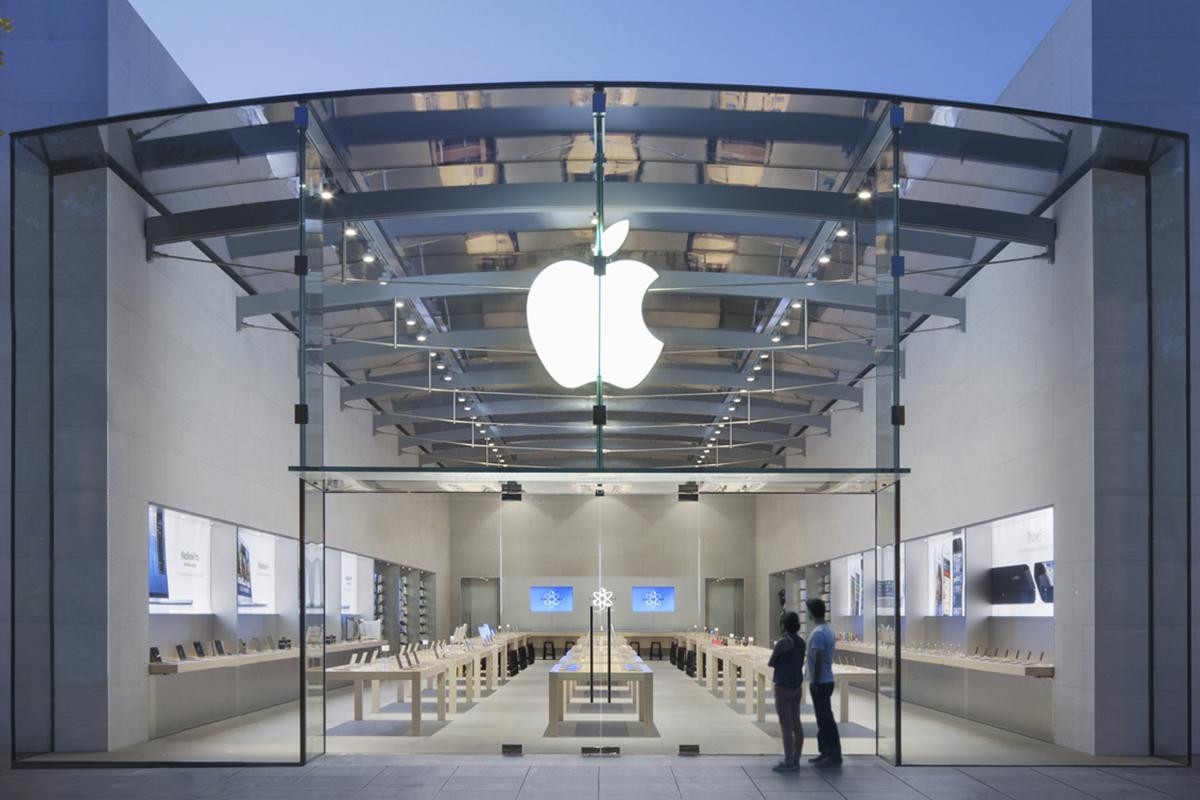 Crime wave: Ram-raid at Palo Alto Apple Store the latest in string of brazen robberies