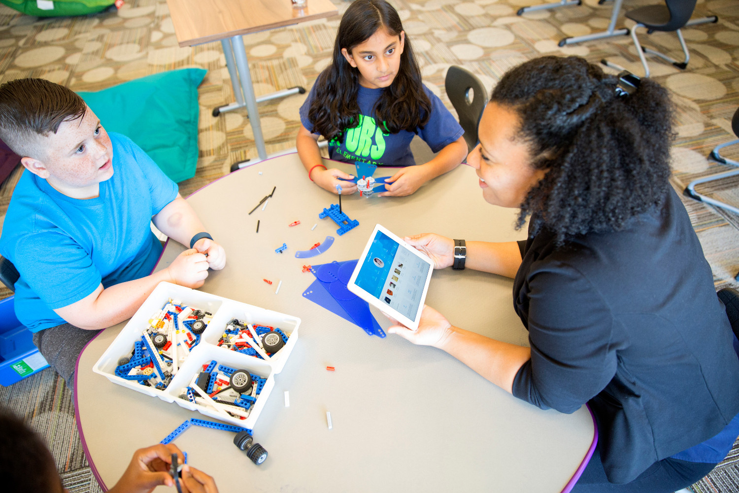 Apple, IBM launch Watson Element for Educators, their first mobile app for schools