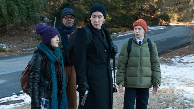 First Cell trailer pits John Cusack, Samuel L. Jackson against cell phone zombies